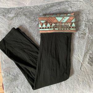 VS pink tribal printed fold yoga cropped leggings